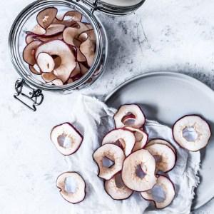 Tørrede æbleringe i ovn – det nemmeste nogensinde!