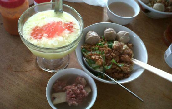 Mie Ayam Bakso Tengkleng Pak Bambang Enak Di Klaten