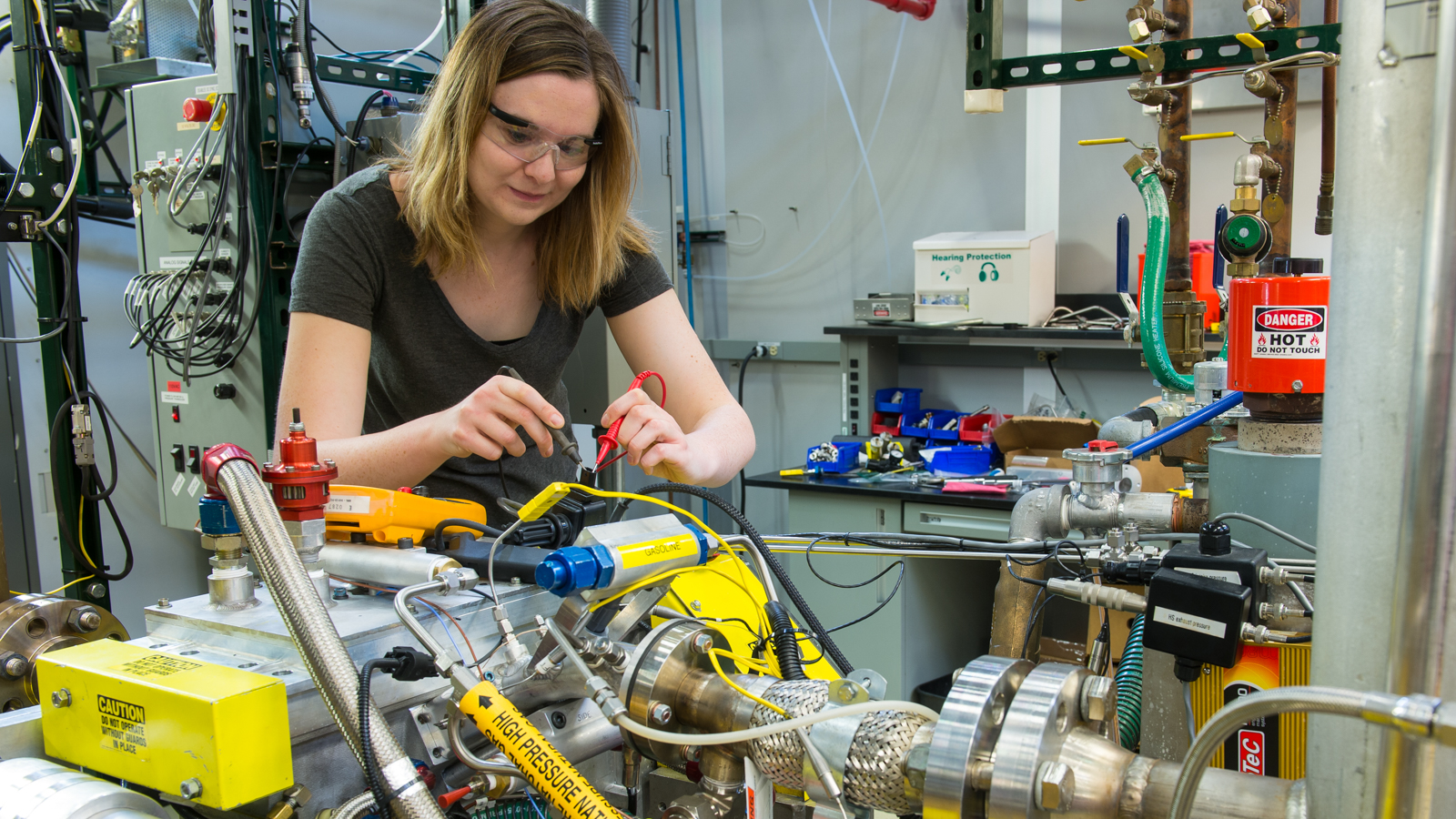 hight resolution of visiting iit professor carrie hall troubleshoots the engine wiring harness the argonne system can replicate
