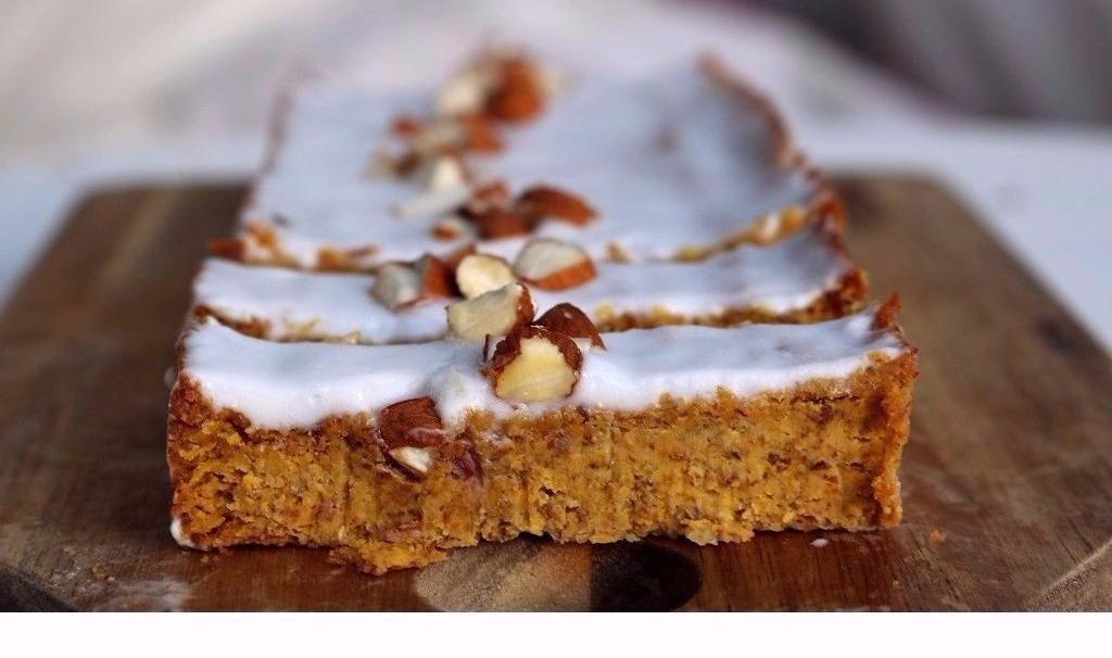karottenkuchen_gesund_vegan_glutenfrei_zuckerfrei_lecker