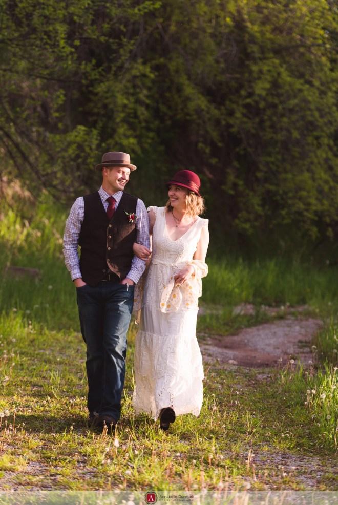a Hat Wedding in Colorado's Foohills