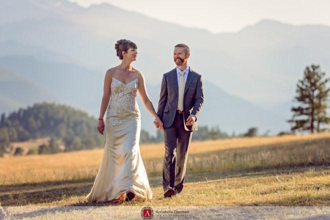 A casual Mountain Wedding in Estes Park