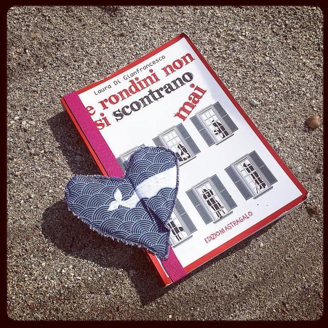 Dispiace sempre finire un libro quando piace edizioniastragalo lerondininonsiscontranomai lovehellip