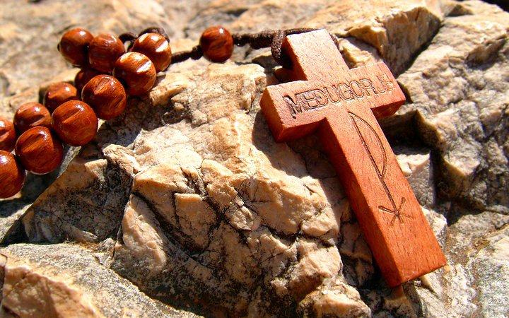 la preghiera del rosario è più forte della bomba atomica