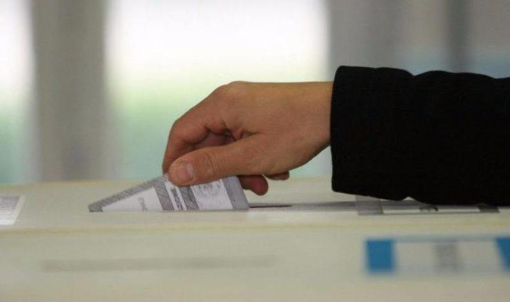 andare la voto