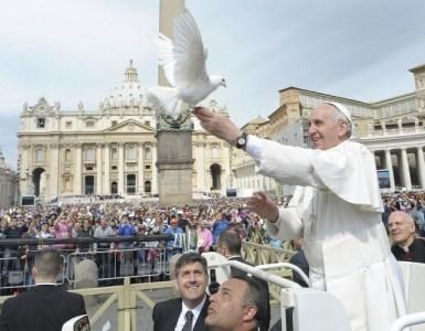 come amare il prossimo veramente il discorso di Papa Francesco in piazza San Pietro