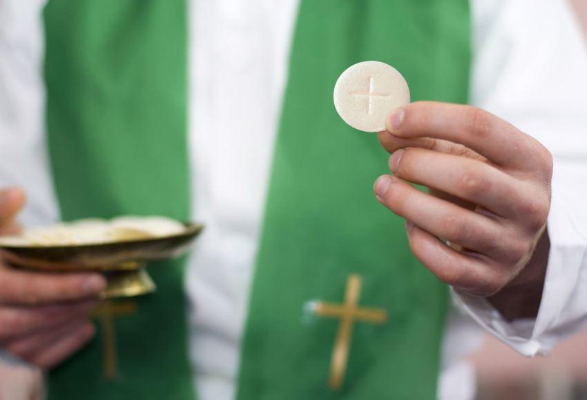 Gesù eucaristia Ostia nel cuore