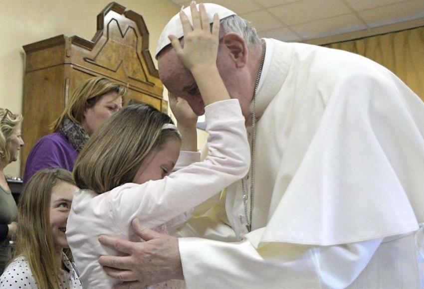 Papa Francesco parla della sofferenza