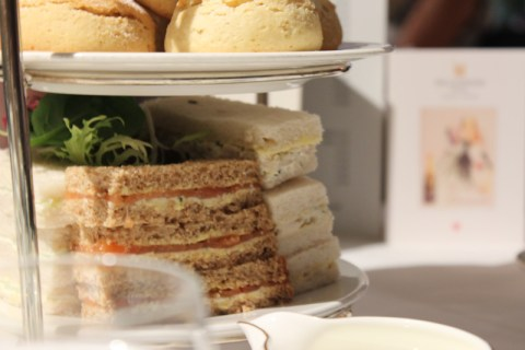 afternoonteapizza 040
