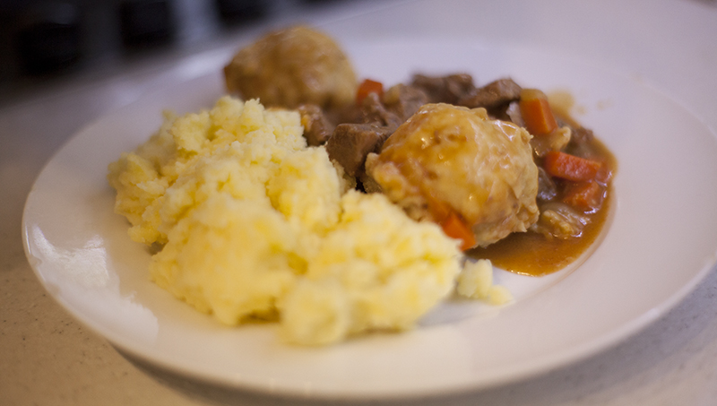 beef stew with carrots and potatoes