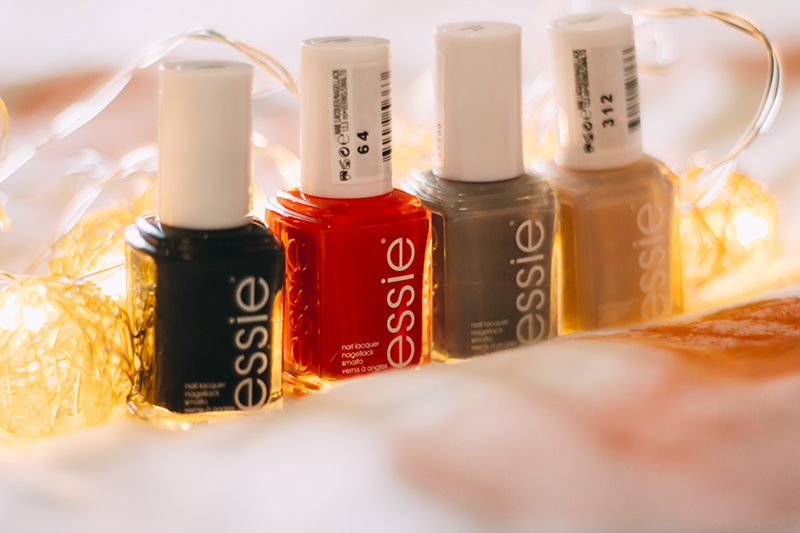 4 Essie Autumn Nails Polishes