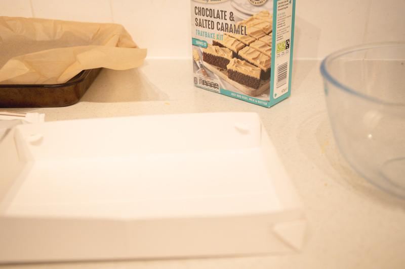 Dr Oetker Chocolate Salted Caramel Tray Kit