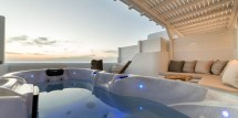 Deluxe Suite With Sea View And Outdoor Jacuzzi - Paros