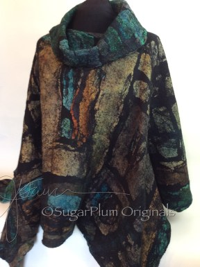 Front poncho Blue and tan WM