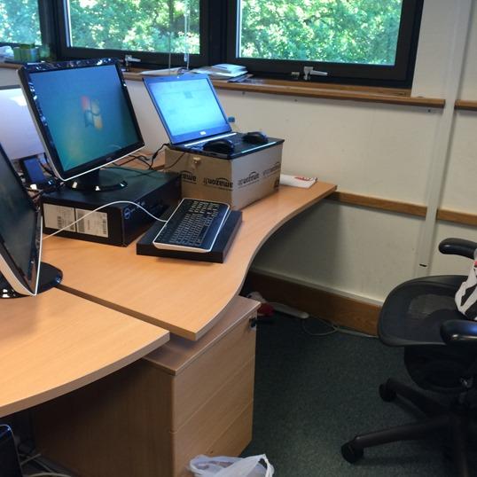 Standing desk (2)