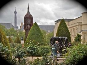 Sculptured garden in Musee Rodin