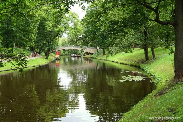 Things to do in RIga with kids? Get on a boat on the enchanting pilsetas canals