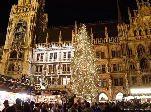 The Christmas market and Christmas tree in Munich