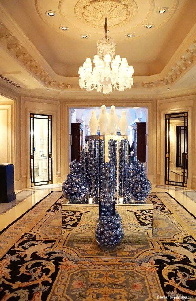 Christmas decoration at the Four Seasons Hotel George V in Paris