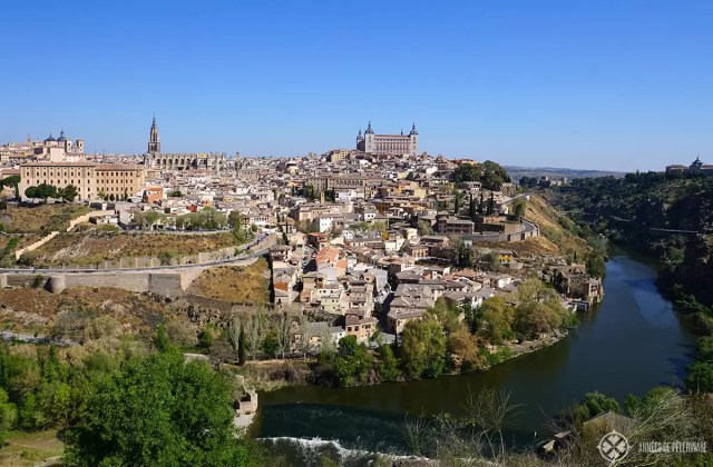 Toledo is just a day trip away from Madrid and thus belongs to the best things to do in Madrid