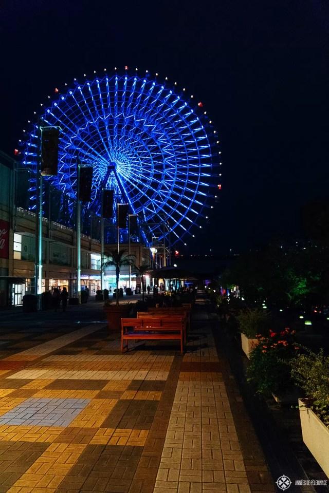 The Tempozan ferris wheel in Osaka at night