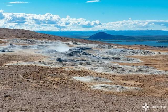 námafjell Lake Myvatn's geothermal area steam