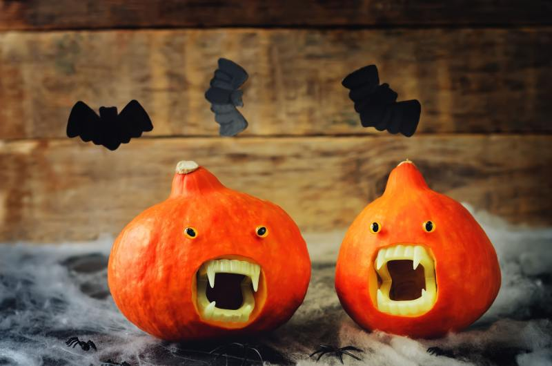Pumpkins with Vampires teeth