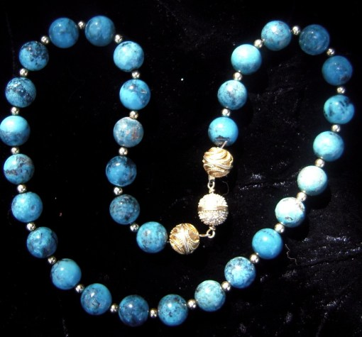 Turquoise beads necklace gold spacer beads