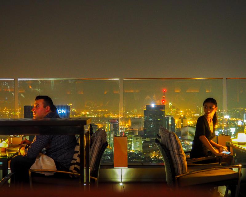 Octave Rooftop Bar de Bangkok, Thaïlande.