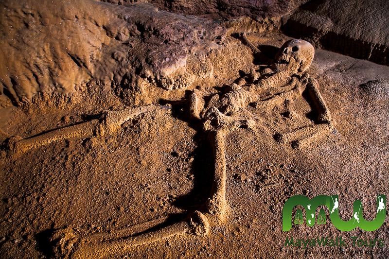Squelette de cristal dans ATM Cave au BElize