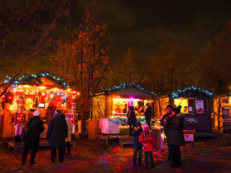 Kiosques de produits locaux au marché de Noël de Terrebonne