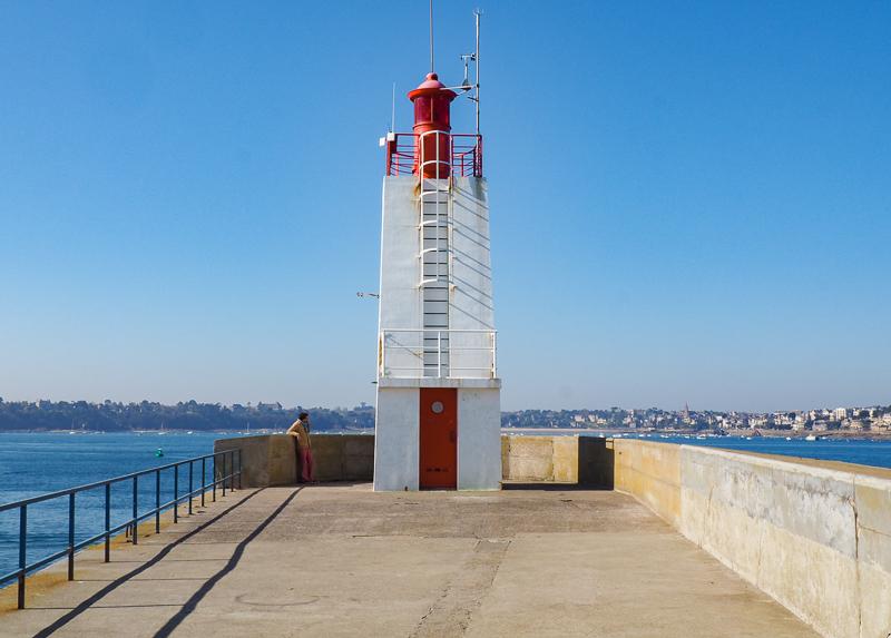 Marcher sur les plages et ramparts de Saint-Malo