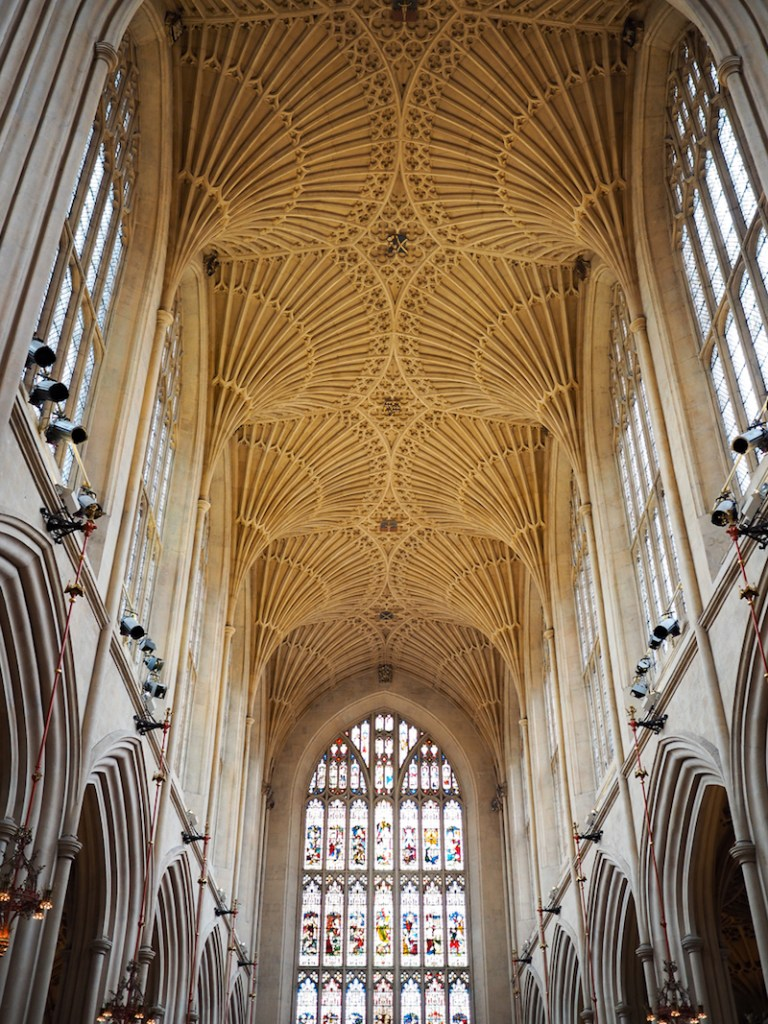 Les voûtes de l'Abbaye de Bath en Angleterre