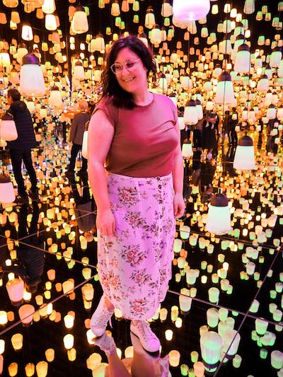 Annie dans la Forest of Resonating Lamps