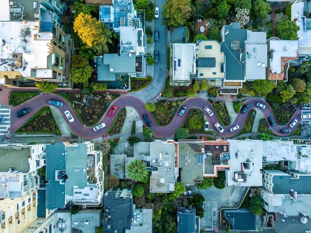 Road trip en Californie - La rue Lombard Street de San Francisco est la plus célèbre de la ville.