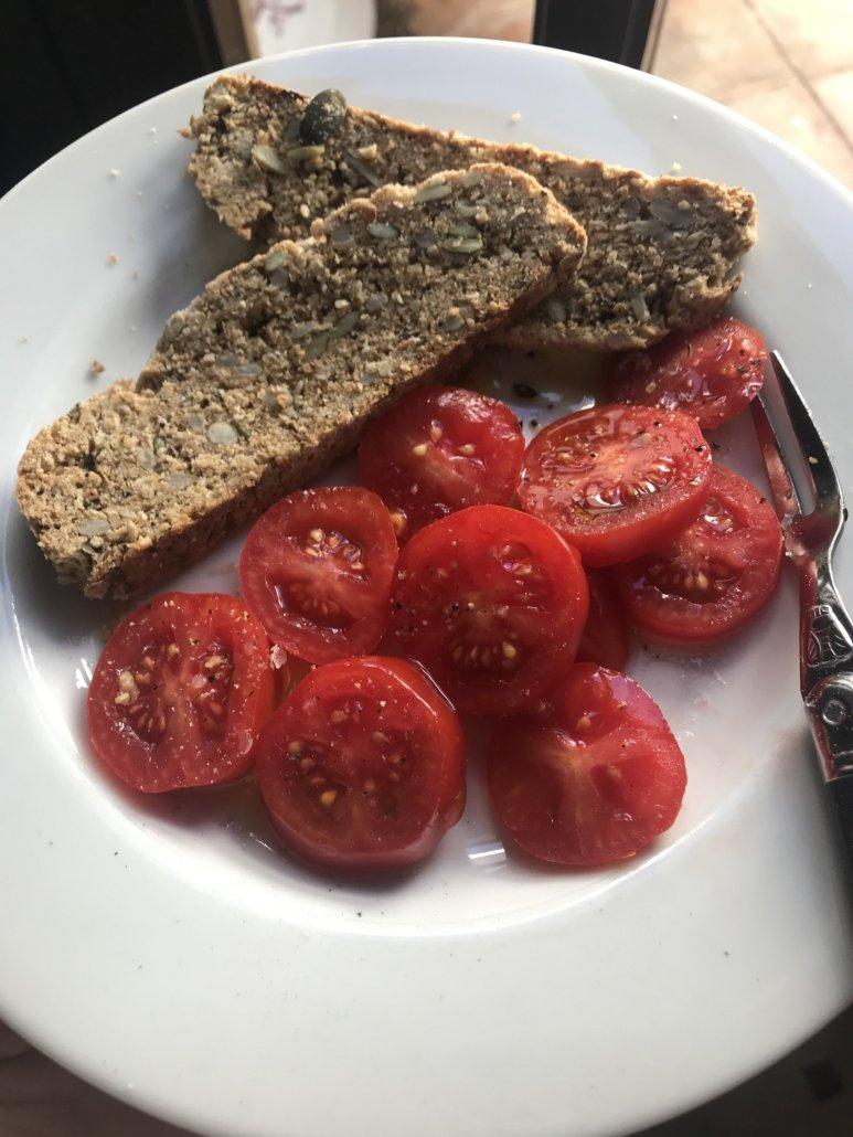 Amontillado Bread with Tomatoes