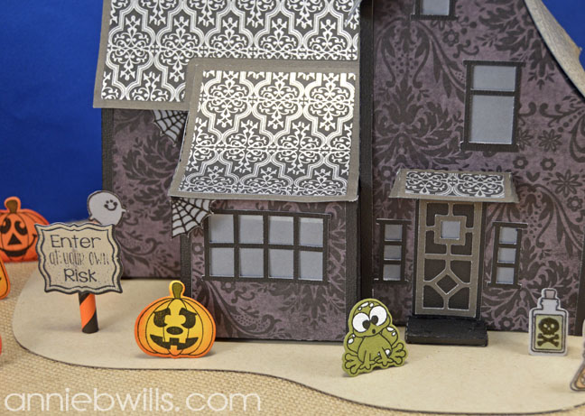 Spook-tacular Blog Hop Haunted House by Annie Williams - House Detail