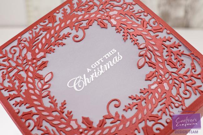 easy-wreath-gift-box-by-annie-williams-detail