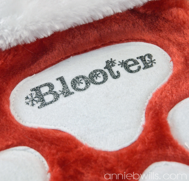 personalized-pet-stocking-by-annie-williams-detail
