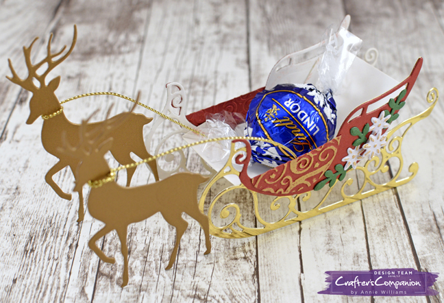 christmas-sleigh-treat-holder-by-annie-williams-detail