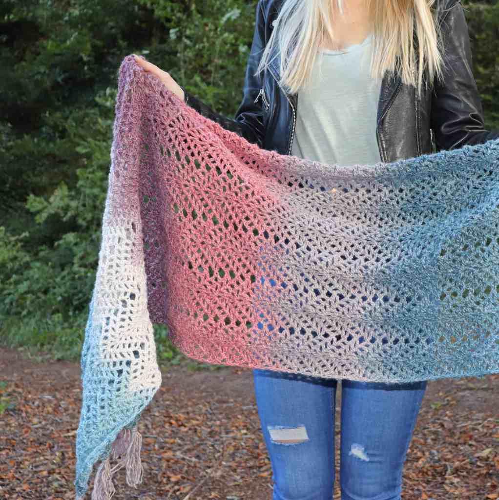 Omna Shawl – Free Crochet Pattern