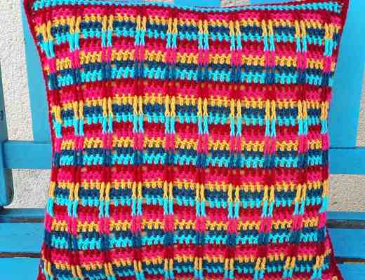 boho crochet pillow, free pattern from Annie Design Crochet