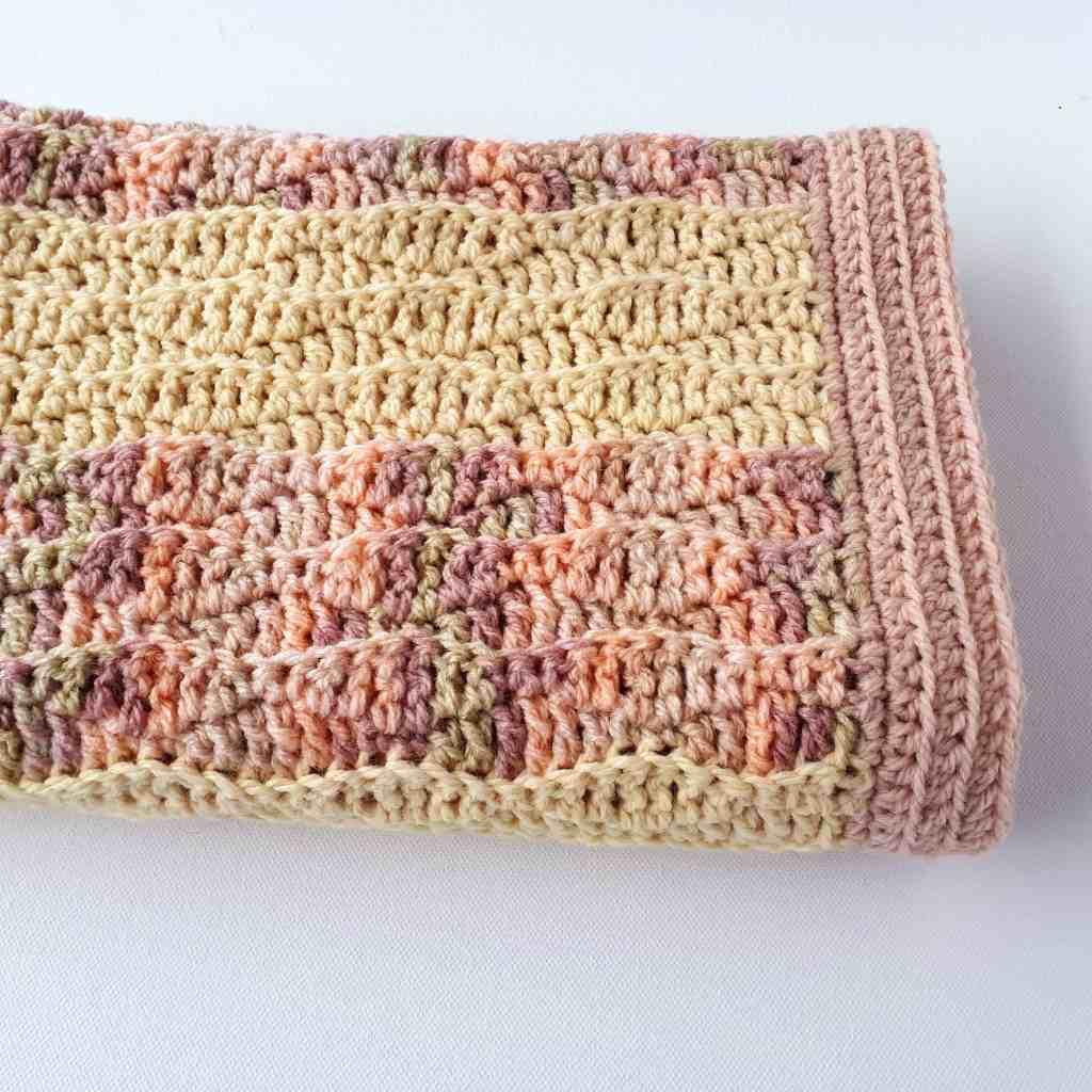 Baby Blanket – Free Crochet Pattern – Vanilla Blush