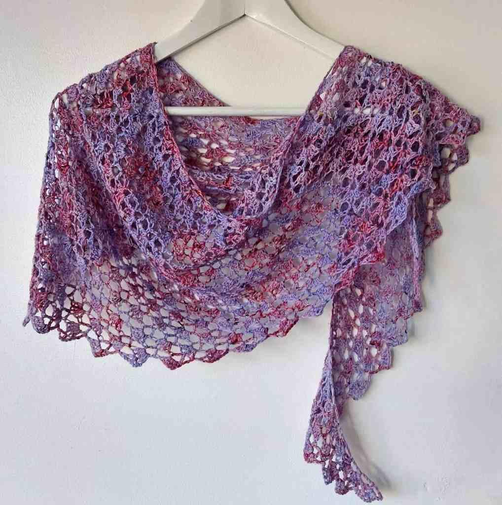 Easy One Skein Crochet Shawl – Red Clover