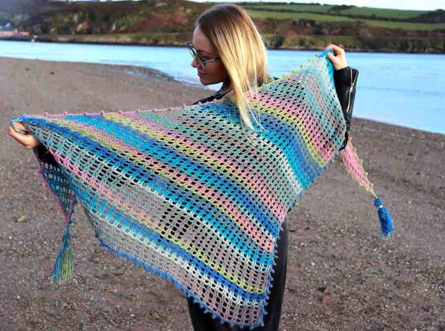 easy triangle crochet shawl free pattern