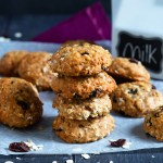These Applesauce Oatmeal Cookies are easy to make, full of spices, applesauce and oatmeal. They're perfect for breakfast on the go or your mid morning snack!