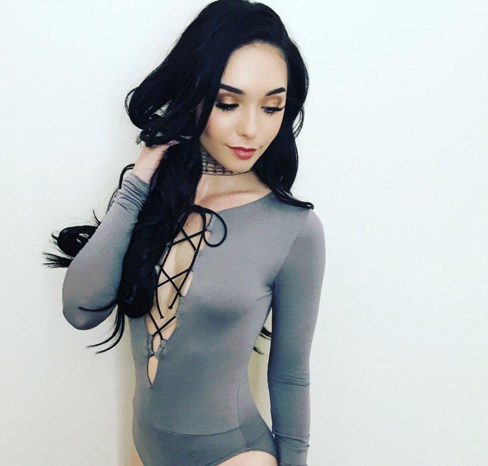 Anniessa-glover-model-08