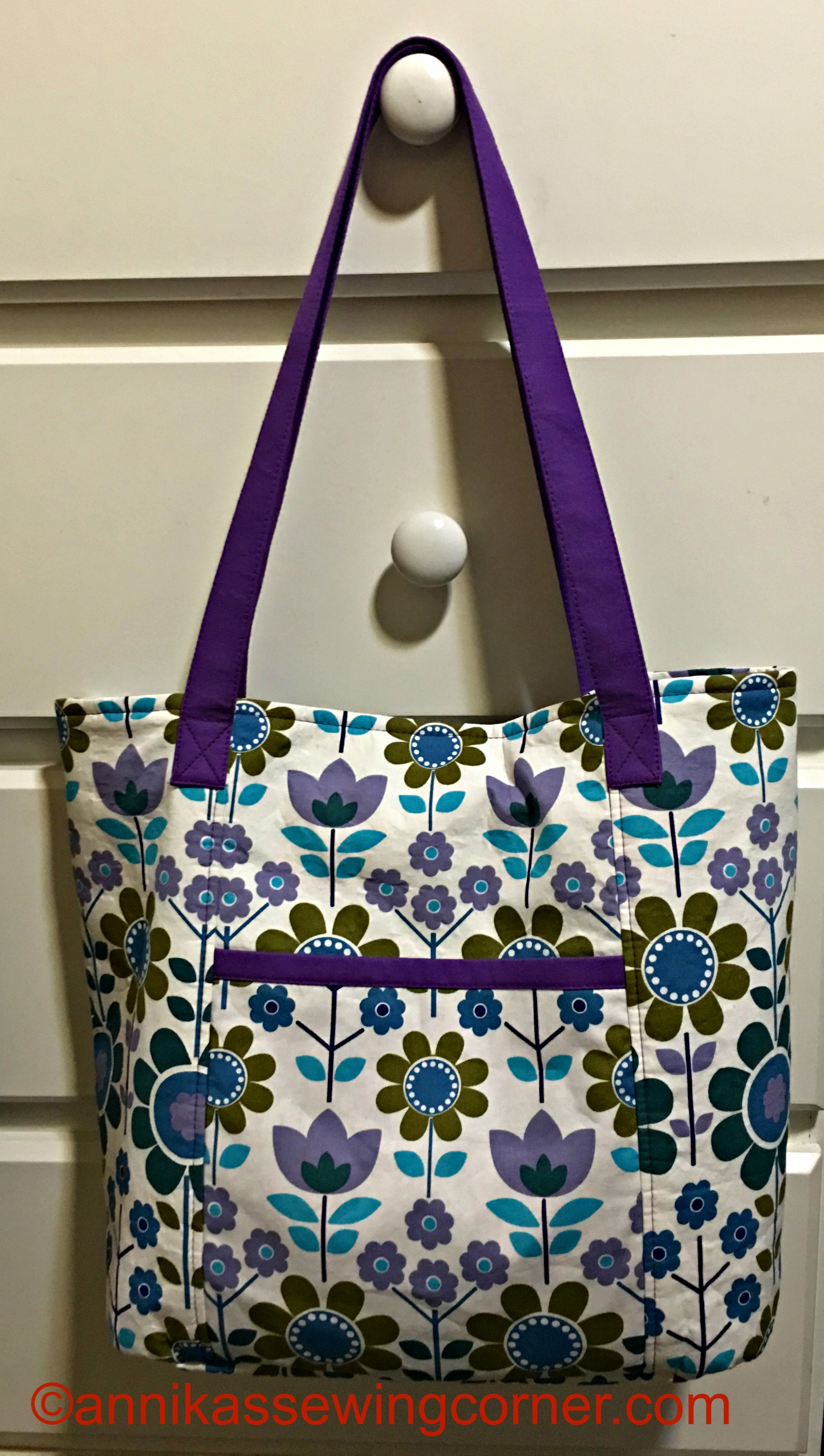 A new Shopping Tote Bag Pattern in my Etsy Shop - Annika's