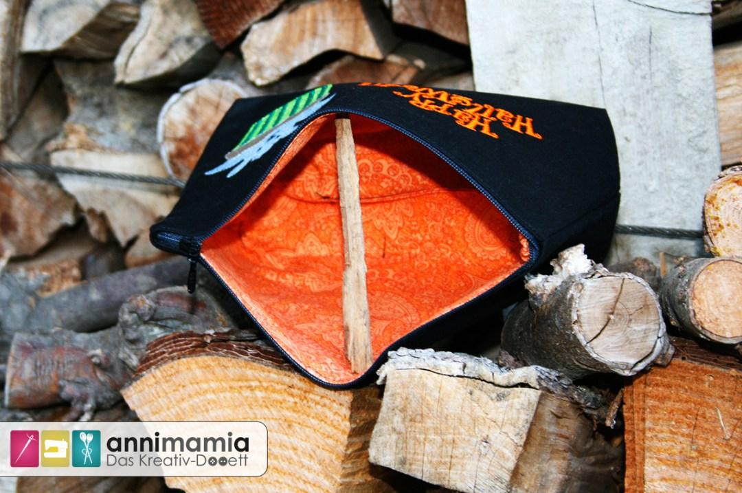 Halloween-Stickdateien von Nadelbar auf Lillesol und Pelle-Tasche (innen)