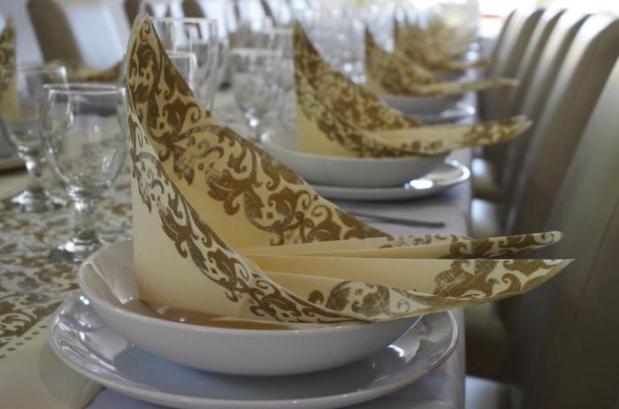 Anniversary Party Dinner, Anniversary Party Etiquette,